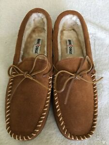 Minnetonka Men's Pile Lined Hardsole Moccasin Suede Slippers size 13M