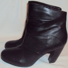 5 TH AVENUE, LADIES BLACK LEATHER SIDE ZIP ANKLE BOOT, SIZE  41 M