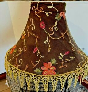 FLORAL EMBROIDERED & LACE CUSTOM FABRIC LAMP SHADE - 10 1/4 X 15 X 5