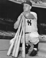 ROGER MARIS 8X10 PHOTO NEW YORK YANKEES NY BASEBALL PICTURE MLB 4 BATS