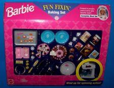 NEW Barbie Mattel FUN FIXIN BAKING SET Cake Cupcakes MIXER Cooking Food Kitchen