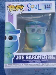 POP DISNEY PIXAR SOUL - JOE GARDNER VINYL FIGURES NO. 744 -  ORIGINAL  BOX