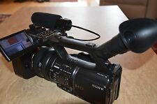 SONY HVR-Z5E CAMCORDER  3MOS HDV HD PROFESSIONAL DIGITAL HIGH DEFINITION
