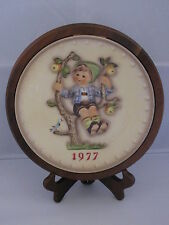 Goebel Hummel Apple Tree Boy (1977) Annual Plate Bas Relief Framed w/ Box