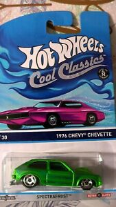 HOT WHEELS COOL CLASSICS 28/30 SPECTRAFROST 1976 CHEVY CHEVETTE  new a
