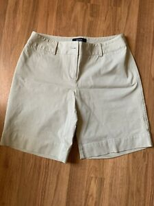 Nice Woman's Shorts By Victoria's Secret, Size 6, Light Beige, EUC