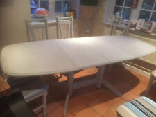 Dining Tables Sets with Additional Leaves and 7 Pieces