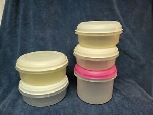 LOT OF 5 Rubbermaid Servin Saver Almond Lid AND ONE PINK LID ASSORTED SIZES
