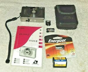CANON ELPH 2 CAMERA IXUS II WITH CASE AND INSTRUCTION MANUAL & Batteries Bundle