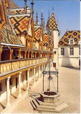 France: L'Hotel Dieu de Beaune, Burgundy - Main Courtyard & Well - Posted 1999