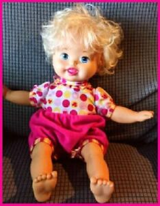 Mattel LITTLE MOMMY LAUGH and LOVE Baby Doll Talks Head Arms Move 2012 w/Batt