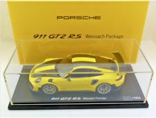 1:18 Spark Porsche 911 991-II GT2 RS 2017 Racing Yellow Weissach Package
