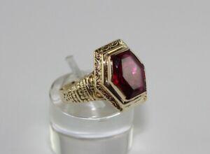 Goldring Ring Gelbgold Gold 585 (14K) - Rubin - Ø 18,8 mm - 5,08 g