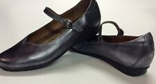 TAOS Womens Class Pewter Metallic Leather Mary Jane Shoes Sz. US 7-7;5 EU 38 NEW