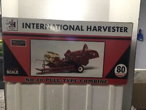 SpecCast International Harvester No. 82 Pull Type Combine 1/16 Scale Used