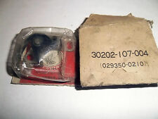 ORIGINAL HONDA C90ZZ CB125S CB200 CONTACT BREAKER SET 30202-107-004 NOS