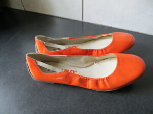 Tsubo Orange Patent Leather Ballet Flat Slip On Shoes Size 9 New Without Tag