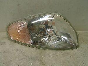 00 01 02 Mazda 626 Right Side Corner Turn Light Fender Mounted