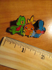 Trio TREECKO TORCHIC MUDKIP Metal PIN/BADGE Pokemon XY Hoenn Collection Box Set