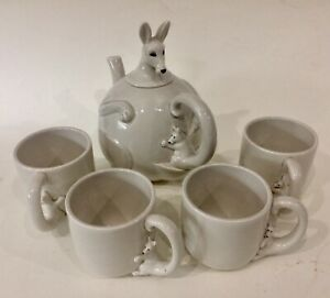 Vintage 1977 Fitz And Floyd Kangaroo Teapot And 4 Cup Set Made In Japan