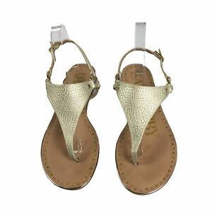 Sam and Libby Thong Sandals Size 8 Womens Faux Leather Light Gold Tone EUC