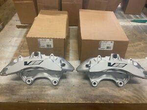 New Genuine GM 09-14 Cadillac CTS-V Brembo Silver 6 Piston Front Calipers CTSV