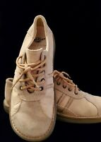 Dr. Martens mens shoes 9 M AirWair, Excellent Condition!