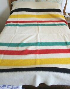 CIRCA 1950 Hudson's Bay Company 4 Point Blanket Wool    69X90
