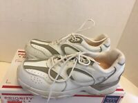 Apex shoes Mens size 10 extra wide X821m walking running white leather 10xwide