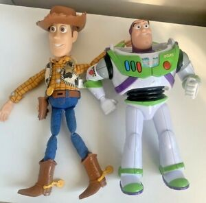 Toy Story Woody Talking Pull String Doll & Buzz Lightyear Thinkway Toys Figures