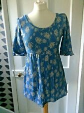 LILY & ME SIZE 10 BLUE/GREY FLORAL COTTON SHORT SLEEVE TOP/TUNIC