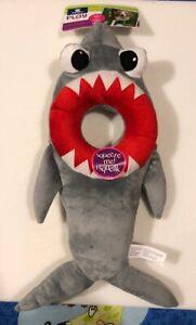 Top Paw Squeak Grey Shark XL