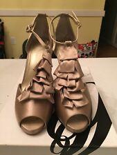 Nine West Bowtie Light Gold shoes 8.5 women's.