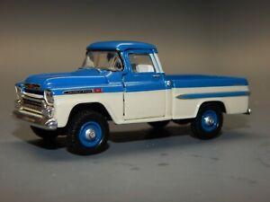M2 32500 R29 1/64 scale Auto Trucks 1959 Chevrolet Apache 4X4 BLUE & W Loose HTF