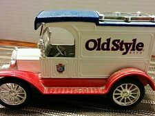 ERTL 1913 Model T Van Replica Ford Delivery Truck Old Style Beer Metal Bank