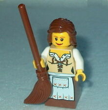 FANTASY ERA #02 Lego Female Maid w/Broom NEW 10193 castle-Medieval-maiden
