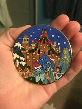 Jumbo Disney Fantasy Christmas Haunted Mansion Hitchhikers Pin