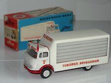 (B) TEKNO DANEMARK Mercedes Benz TUBORG PILSNER camion de livraison