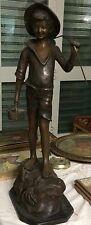 scultura in bronzo pescatore firmata Demartino