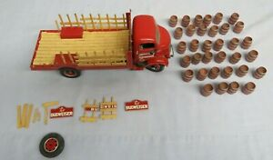 Danbury Mint 1/24 1938 BUDWEISER DELIVERY TRUCK For Parts Only sold as-is