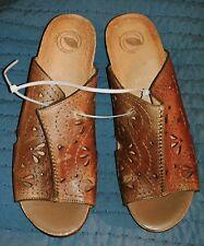 NURTURE Women's 9M Brown Leather Wedge Slides Sandals- Billie