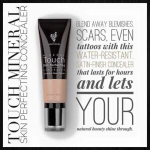 Younique Mineral Touch Skin Perfecting Concealer Scarlet 0.34 fl. oz. NIB