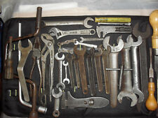 ROLLS ROYCE SPANNERS & WRENCHES IN TOOL ROLL 32x PCS. GENUINE ROLLS ROYCE TOOLS