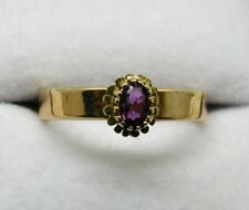 Vintage / Antique Lovely 18 carat Gold And Ruby Solitiare Ring Size M