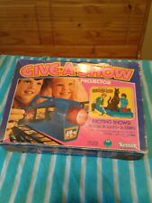 1976 kenner give a show projector scooby-doo 16 slide strips