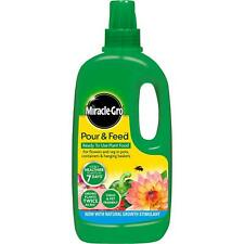 Miracle-Gro Pour & Feed Ready to Use Plant Flower Vegetable Food Child Safe - 1L