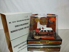 CODE 3 COLLECTIBLES GMC SUBURBAN PHILADELPHIA FIRE DEP - 1:64 - NEAR MINT IN BOX