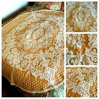 """VTG BEAUTIFUL TUSCAN GOLD & IVORY RAISED EMBROIDERED OVAL TABLECLOTH 56"""" x 72"""""""
