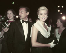 GRACE KELLY WITH OLEG CASSINI AT REAR WINDOW PREMIERE 1954 8X10 PHOTO