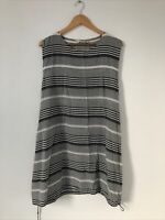 Masai Smock Dress Size Small Black White Sleeveless Lagenlook Pockets Knee Lengt